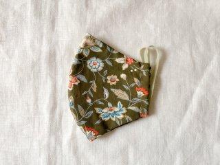 布マスク31 濃いグレーに大きめ花柄