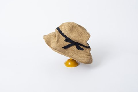 BOXED HAT<br>11cm brim<br>grosgrain ribbon