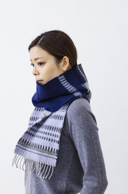 WOOL SCARF/<br>LAMBSWOOL<br>PATTERN B3<br><MONO NIGHT>