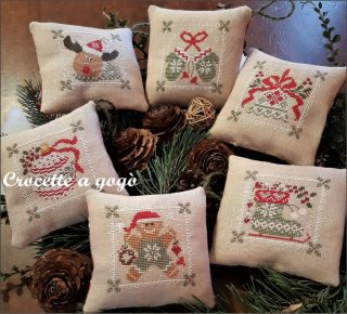 CHRISTMAS GREEN CHIC