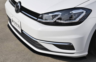Produced by Next innovation<br>for Volkswagen Golf7.5<br>Front Splitter / グロスブラック 5mm