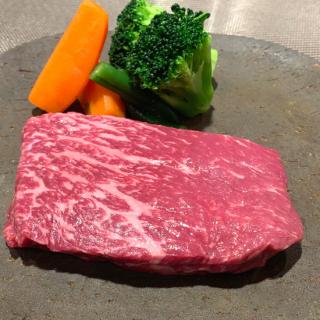熟成黒毛和牛赤身ステーキ