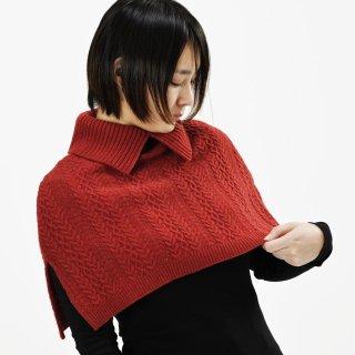 かたをつつむ / ケーブル編みケープ ウール100%