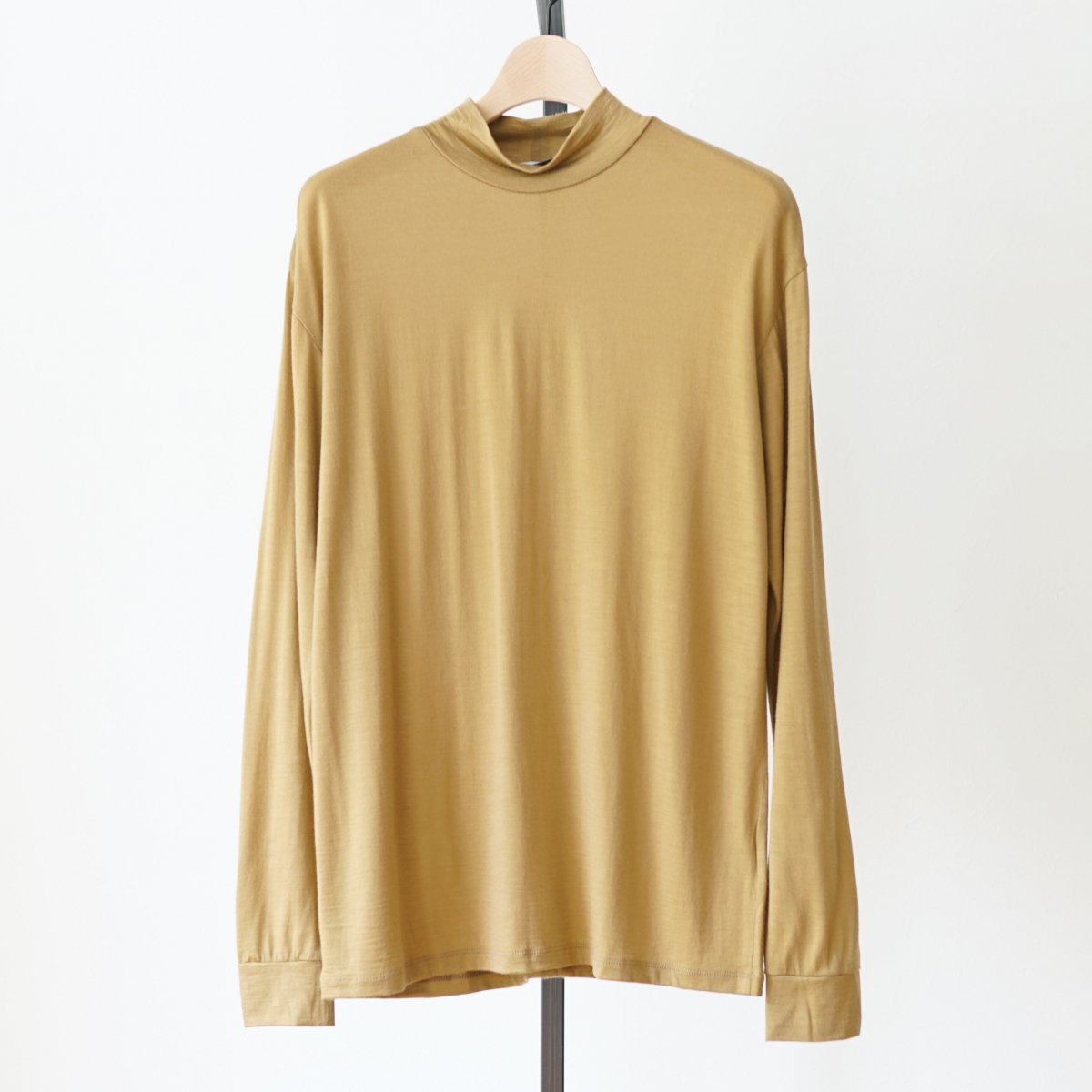 【UNDECORATED アンデコレイテッド】SUPER120 WOOL L/S T-SHIRTS - CAMEL
