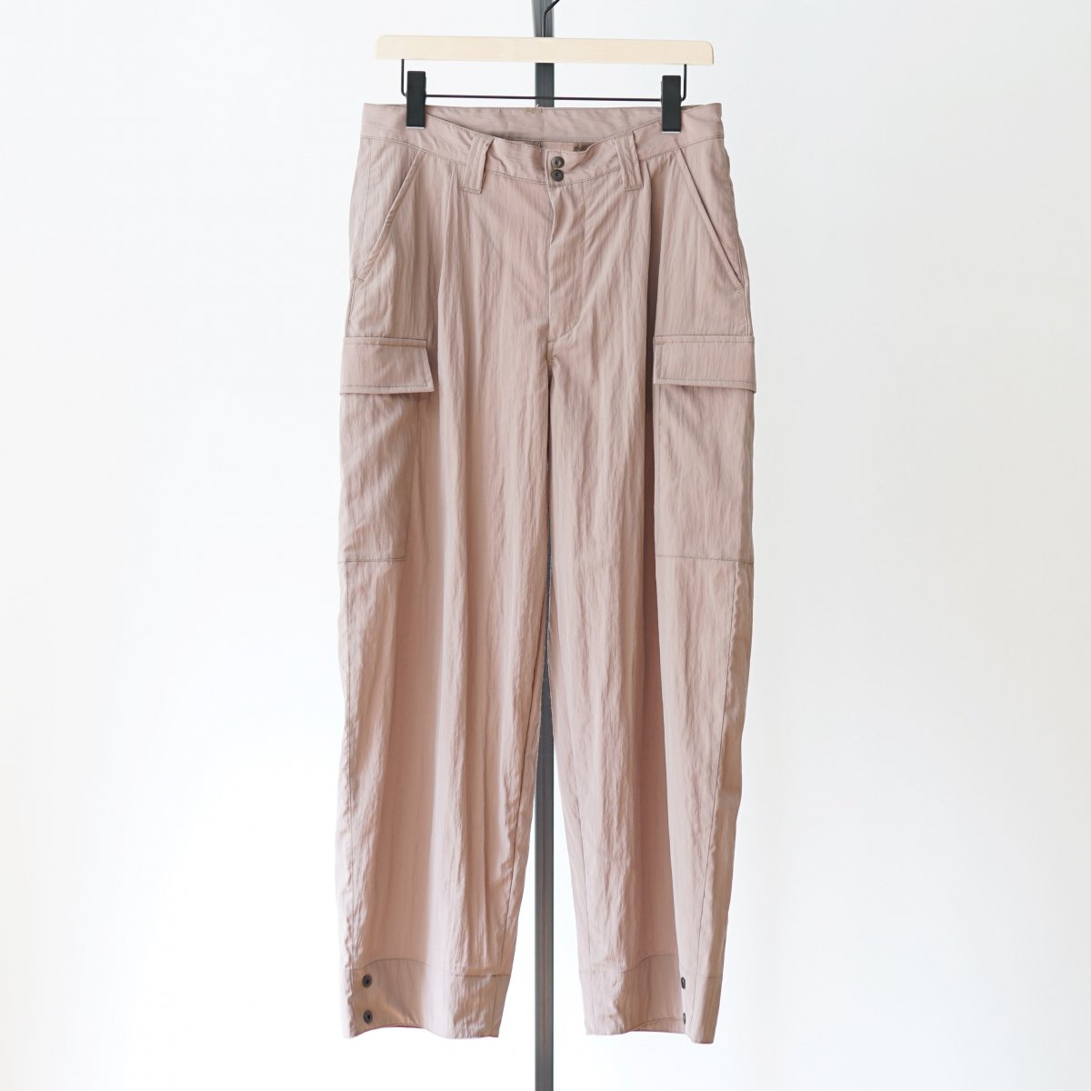 【WHOWHAT フーワット】WIDE CARGO PANTS - BEIGE ROSE