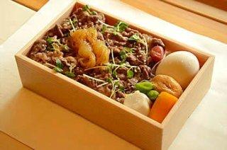 松阪牛しぐれ煮弁当(温泉玉子付)