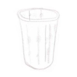透明な刺繍のグラス(中)