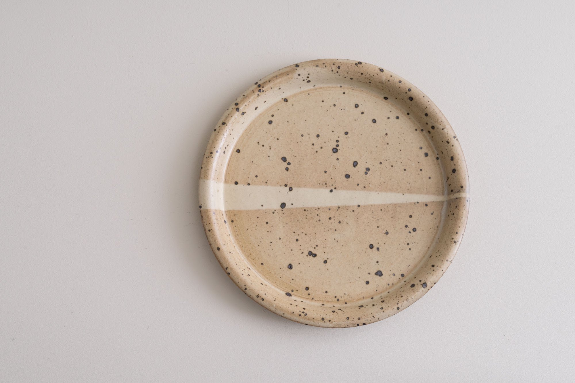 6寸粉引平皿
