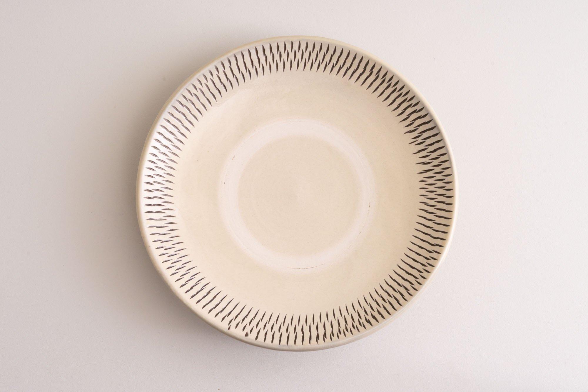 8寸皿(飛びかんな)
