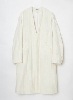 <img class='new_mark_img1' src='https://img.shop-pro.jp/img/new/icons5.gif' style='border:none;display:inline;margin:0px;padding:0px;width:auto;' />Wide Corduroy Coat