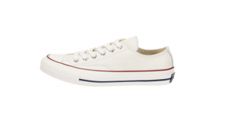 <img class='new_mark_img1' src='https://img.shop-pro.jp/img/new/icons5.gif' style='border:none;display:inline;margin:0px;padding:0px;width:auto;' />CHUCK TAYLOR&#174; LEATHER OX