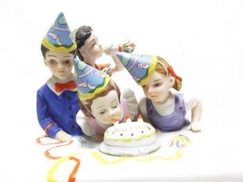 ノーマン・ロックウェル The Birthday Party 誕生日 バースデーパーティー フィギュア 1980年 アメリカンファミリー フィギュアリン