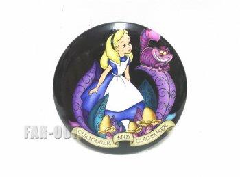 ふしぎの国のアリス w/ チシャ猫 缶バッジタイプ コンパクトミラー 手鏡 不思議の国のアリス 缶バッチ ディズニー