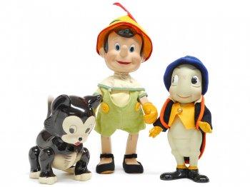 ピノキオ、ジミニー&フィガロ 子猫 ディズニーキャット Knickerbocker社 ポーセリンドール 人形 3体セット ディズニー