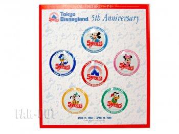 東京ディズニーランド 5周年記念 1988年 ミッキー&フレンズ Fab5 プロモーション 缶バッジ6点セット 台紙スタンド付き 缶バッチ TDL