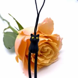 (=^ェ^=)黒猫さん ストラップ