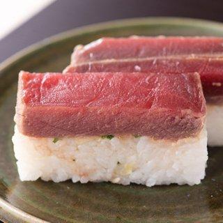 まぐろ・中トロの漬け寿司