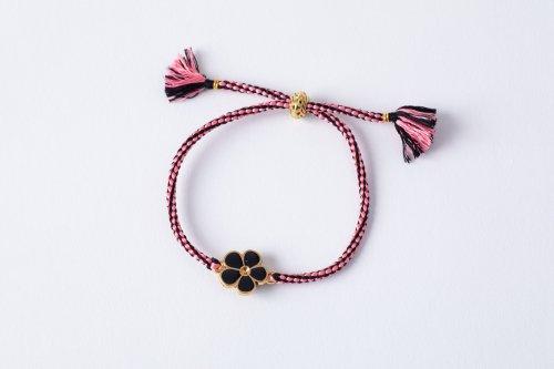 ピンクと黒のモダンなブレスレット(フリーサイズ)