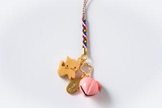 No.24 木彫り猫と桃鈴