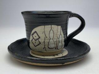 たくさん飲める大きめ黒織部ひさごコーヒーカップ