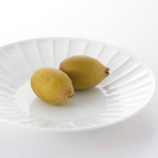 白磁面取彫 8寸丸皿