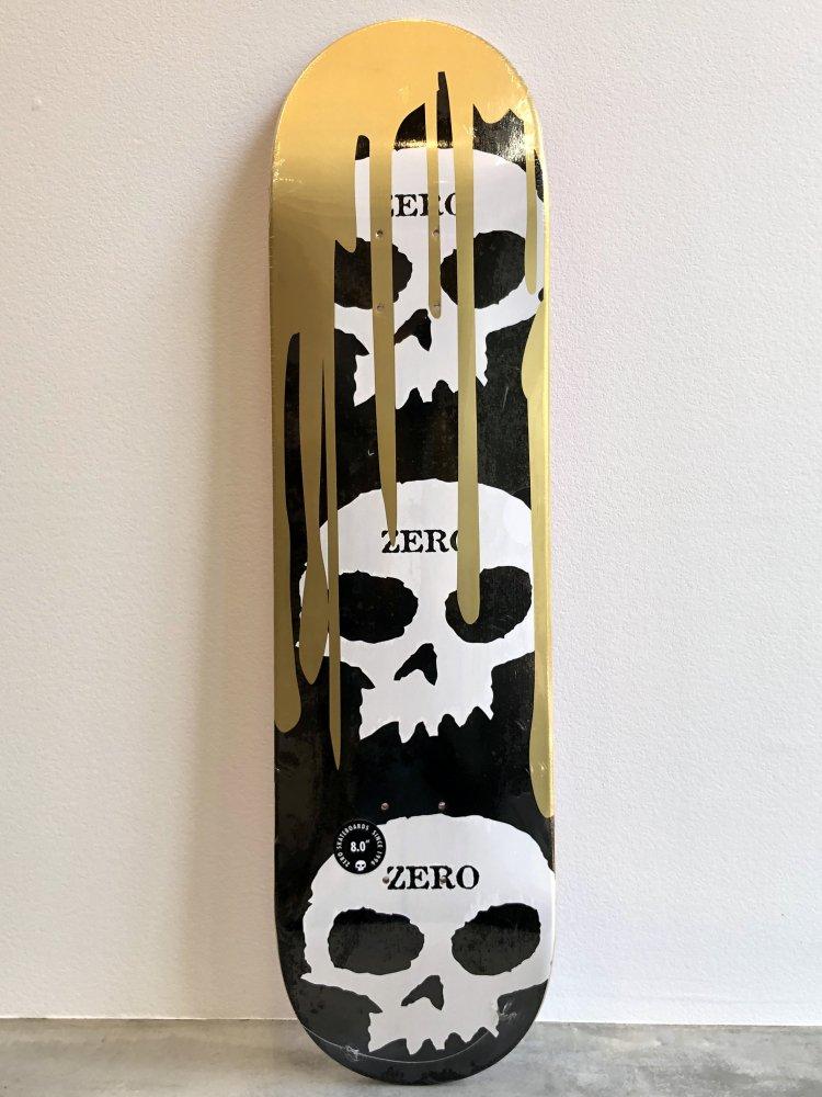 ゼロスケートボード 3 SKULL BLOOD BLACK/GOLD デッキ W8.0  ZERO 3 SKULL BLOOD BLACK/GOLD DECK W8.0