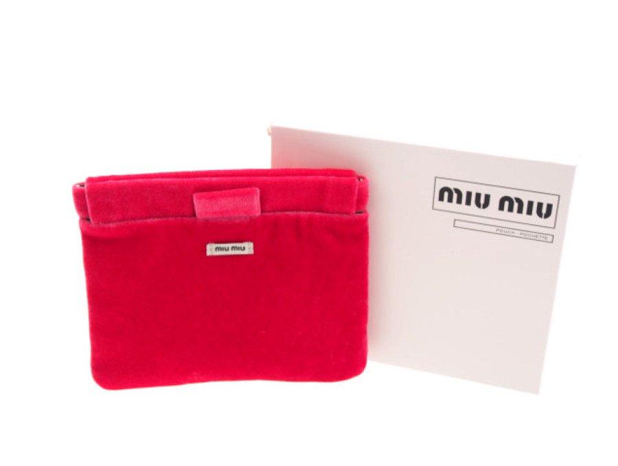 【新品】ミュウミュウ MIU MIU PARFUMS ノベルティ ばね口ポーチ ベロア 起毛 ピンクの商品画像