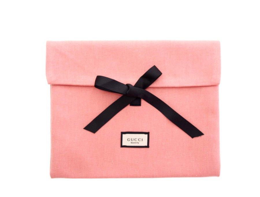 【新品】グッチ GUCCI ノベルティ ビューティー フラットポーチ リボン開閉 beauty ピンクの商品画像