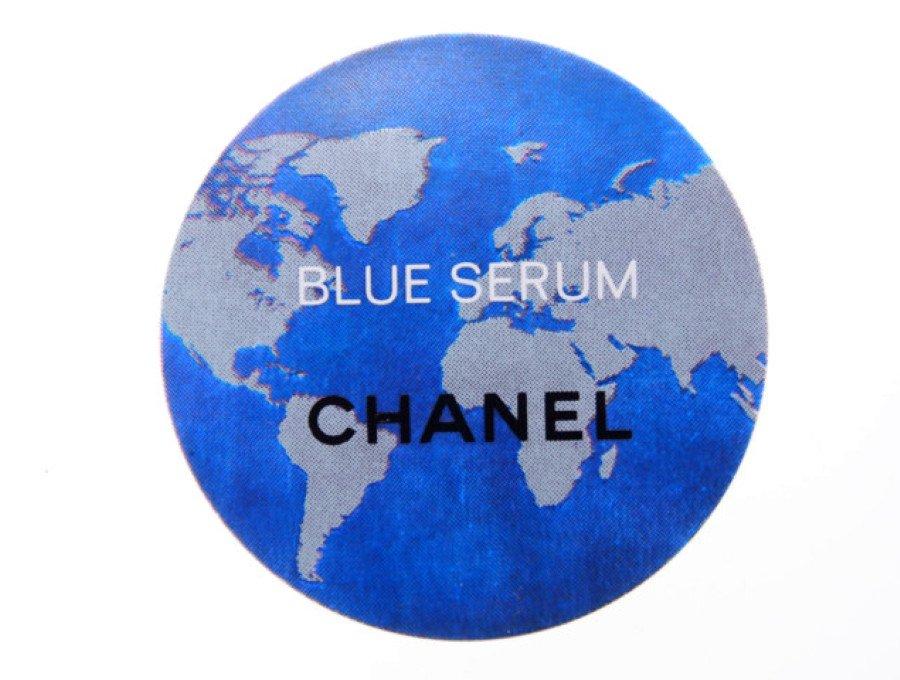 【新品】シャネル CHANEL ノベルティ マグネット 磁石 ブルーセラム BLUE SERUM 世界地図 ブルーの商品画像