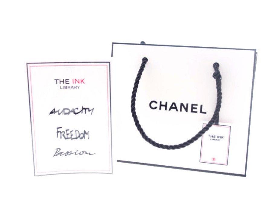 【新品】シャネル CHANEL ノベルティ タトゥーシール Skin Jewel チャーム付ショッパー THE INK LIBRARY AUDACITY FREEDOM Passionの商品画像