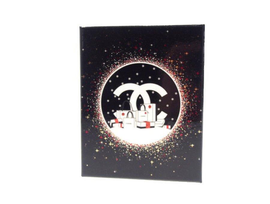 【新品】シャネル CHANEL ラッピング ギフトボックス クリスマスコフレ 空箱 黒/白の商品画像