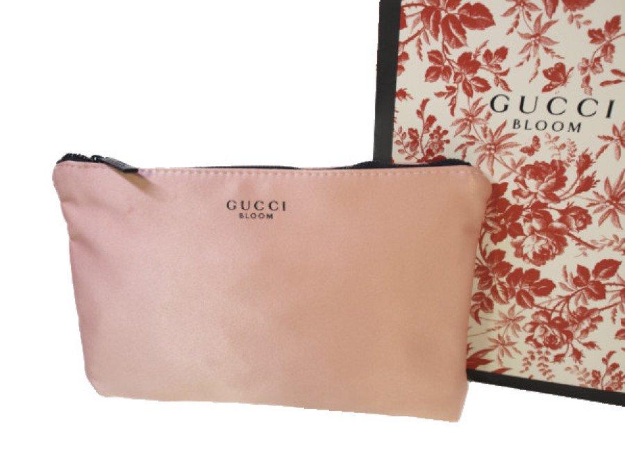 【新品】グッチ GUCCI ノベルティ ポーチ  BLOOM ビューティー 内側花柄 ピンクの商品画像