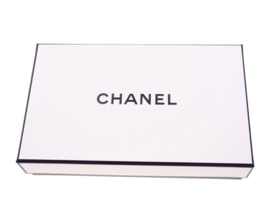 【展示品】シャネル CHANEL ギフトボックス 香水用空箱 ラッピングボックス ホワイトの商品画像