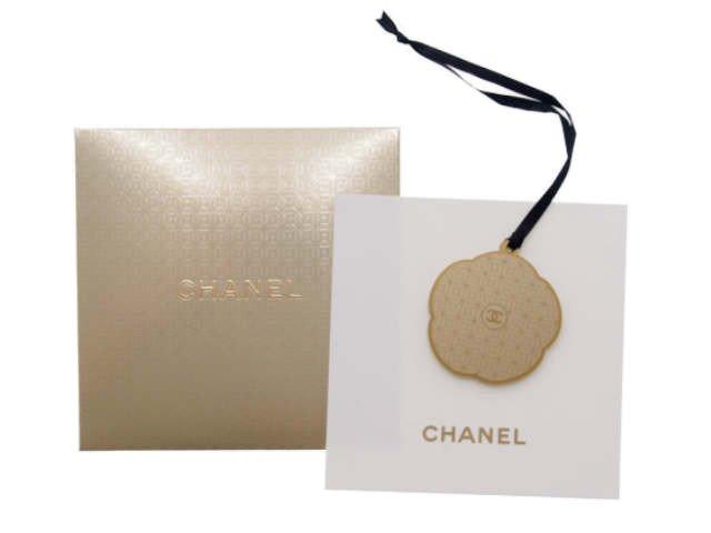 【新品】シャネル CHANEL ノベルティ ゴールドチャーム カメリア カード封筒セットの商品画像