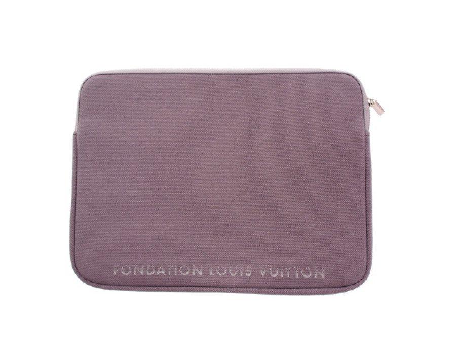 【新品】ルイヴィトン LOUIS VUITTON PCケース ノートパソコン 15インチ iPad タブレット フォンダシオン 美術館限定 グレーの商品画像