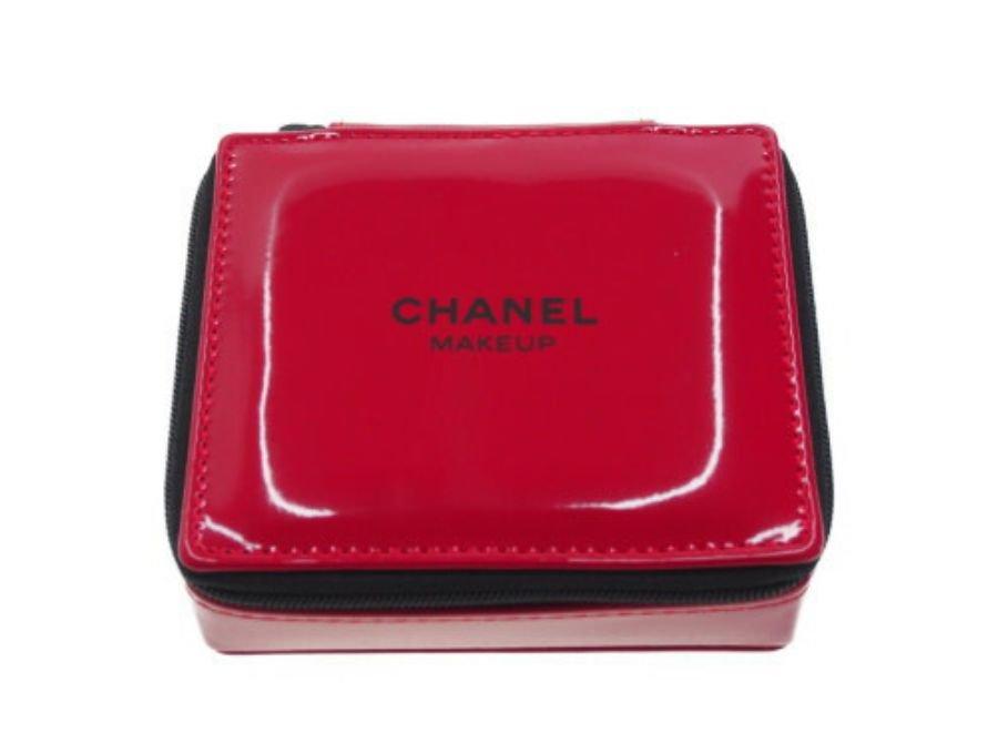 【新品】シャネル CHANEL ノベルティ コスメポーチ MAKEUP スクエア シングルファスナー エナメル レッドの商品画像