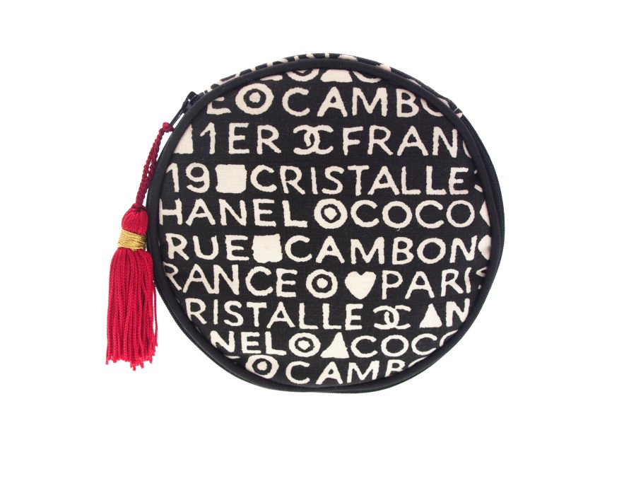 【未使用】シャネル CHANEL ノベルティ ラウンドポーチ クリスタル ジュエリーバッグ 丸型 フリンジ付き ラウンドファスナー 元箱有り COCO CRISTALLEの商品画像