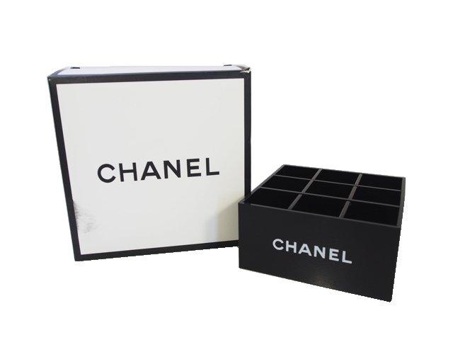 【新品】シャネル CHANEL ノベルティ アクリルケース ルージュ ブラシ スタンド 9マス ブラック 箱付きの商品画像