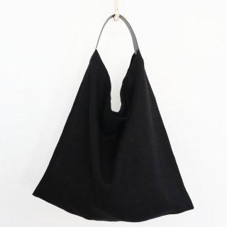リネンとレザーのワンベルトバッグ(M・ブラック)