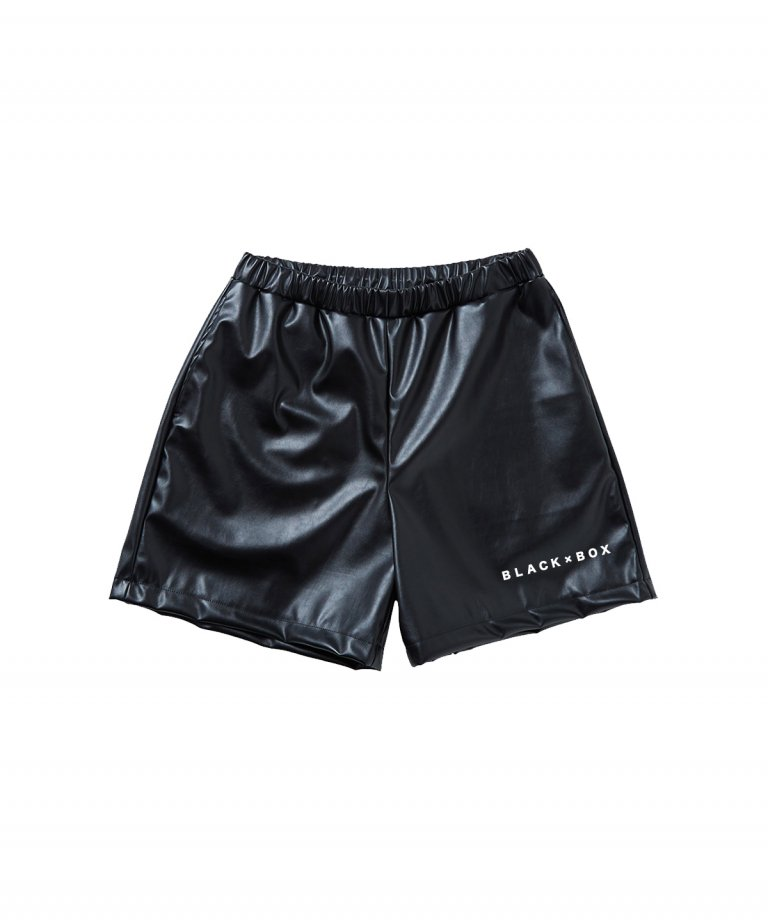<img class='new_mark_img1' src='https://img.shop-pro.jp/img/new/icons8.gif' style='border:none;display:inline;margin:0px;padding:0px;width:auto;' />BLACK×BOX Leather Embroidery BLACK Shorts