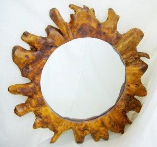 太陽の鏡 実用性のある工芸品  根彫鏡  直径39.6cm