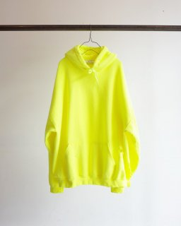 <img class='new_mark_img1' src='https://img.shop-pro.jp/img/new/icons13.gif' style='border:none;display:inline;margin:0px;padding:0px;width:auto;' />CRASH HOODIE(YELLOW)