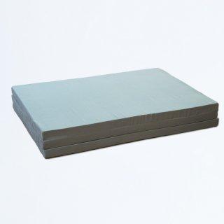 ウレタン製造メーカーの作る 三つ折り積層マットレス