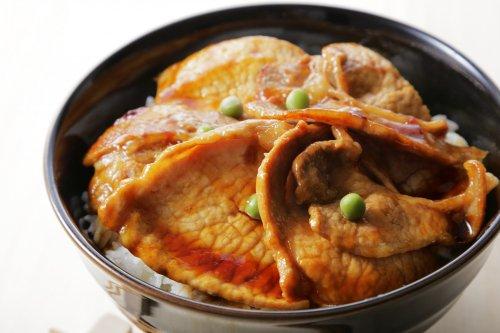 【極上の味】ケンボロー・ホエー豚丼セット 4パック タレ付き(送料込)