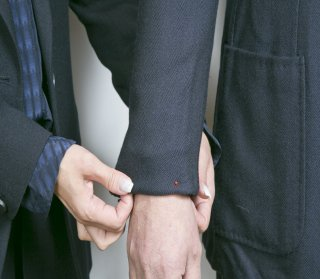 メンズジャケット袖丈詰め出し アキミセ仕上げ セッパ無し