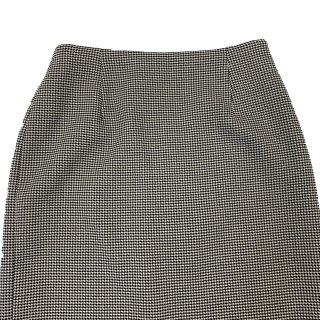 スカートのウエスト詰め出し サイドにファスナー付き|お直し代3980円以上で送料無料!