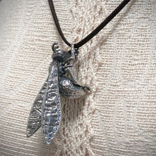 【アトリエpuchuco】蜂 ハチ ペンダント ネックレス シルバー 虫