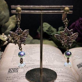 【Louloudia】両面蝶のイヤリング