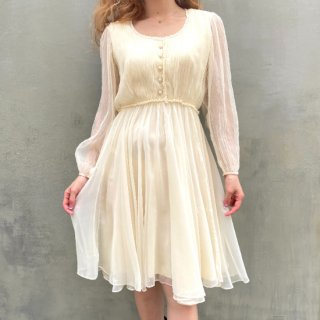 <img class='new_mark_img1' src='https://img.shop-pro.jp/img/new/icons14.gif' style='border:none;display:inline;margin:0px;padding:0px;width:auto;' />Ivory See through Sleeve Chiffon Dress