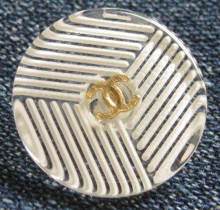 508-1 CHANEL VINTAGE (シャネル ヴィンテージ) COCOマーク ストライプ クリア ボタン